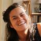 Vergrößern: Eine lachende Frau